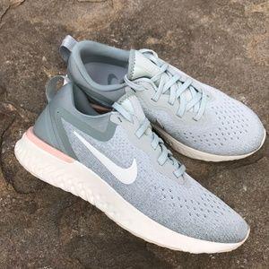 NEW Nike Odyssey React Sneaker Size 7.5